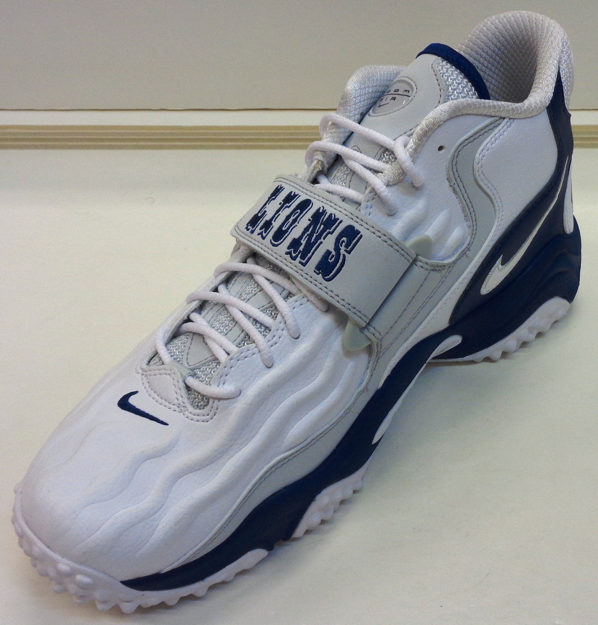 Nike releases Barry Sanders 20th anniversary Air Zoom Turf Jet