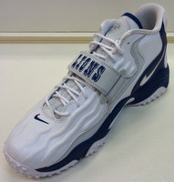 Barry Sanders Autographed Nike Limited Edition Detroit Lions Air Zoom Turf Jet '97 Shoe - Right
