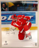 "Brett Hull Autographed Detroit Red Wings 16x20  Photo #2 w/ ""HOF 2009"" Inscription"