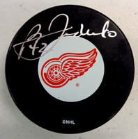 Bernie Federko Autographed Detroit Red Wings Puck
