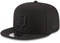 Detroit Tigers New Era Black on Black 9FIFTY Team Snapback Adjustable Hat - Black
