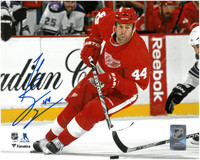 Todd Bertuzzi Autographed Detroit Red Wings 8x10 Photo #1