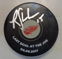 Riley Sheahan Autographed Detroit Red Wings Souvenir Puck with Screen Printing