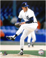 Jack Morris Autographed 8x10 Photo #1 - Home Pitching  (Pre-Order)