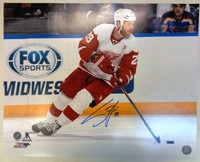 Steve Ott Autographed Detroit Red Wings 16x20 Photo #1