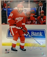Drew Miller Autographed Detroit Red Wings 16x20 Photo