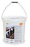 Stihl Blasting granulate SB 90 - 25kg - 0797 010 2052  For wet sandblasting of tough surfaces like masonry and metal. Reliably removes rust or old paintwork. Silicone free. Perfectly matched with all STIHL wet sandblasting machines.