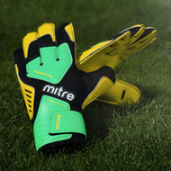 Mitre Delta BRZ GKeeper Gloves