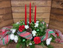 Wintergreen vase in Reds & Whites
