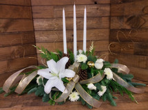 3 Candle Seasonal Centerpiece in whites, creams, and golds