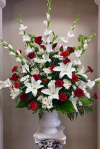 Everlasting Love Celebration of Life Urn Arrangement