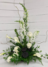 Contemporary Calla Lily and Rose Arrangement in Black and White