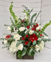 """Crimson and Cream Wildflower Dream"" Fresh Arrangement"