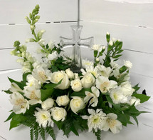 """Classic Cross"" Fresh Arrangement"