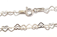 MCL045 - 3mm Heart Link Bracelet
