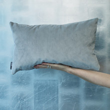 Soft grey Classic Velvet in Mist tone. Velvet, 50x30, feathers..... fabulous,