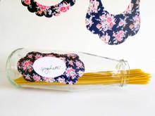 Tinch Design Studio - Restickable Vintage Floral Mini Picture Frames