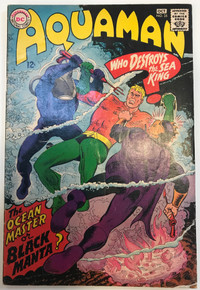 Aquaman #35 VF-  (1st Appearance of Black Manta)