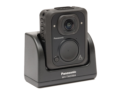panasonic-arbitrator-body-worn-camera-and-vehicle-dock.png