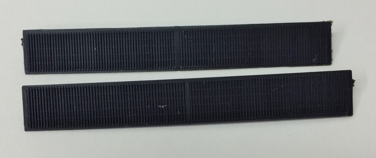 Athearn #40006 Radiator Grill Insert for SD45 - (2-pc) (HO)
