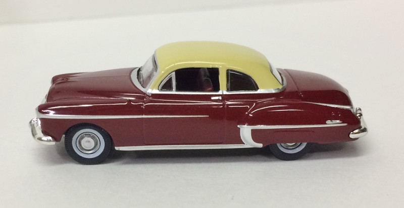 HO 1:87 Oxford 1950 Olds Rocket 88 Coupe Chariot Red//Canto Cream OR50001