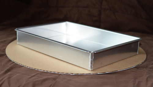 Ultimate Baker Quarter Sheet Cake Pan 9 x 13 x 3 (Single)