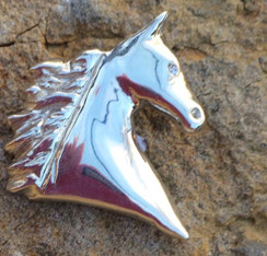 High headed horse head pendant