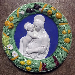 Della Robbia Mother and Child Wall Plate - Italian Ceramics