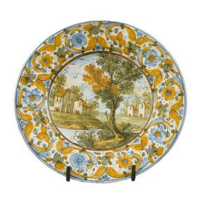 Italian Ceramics - PIATTO CON TESA ORNAMENTALE - CON SCENA PAESAGGIO