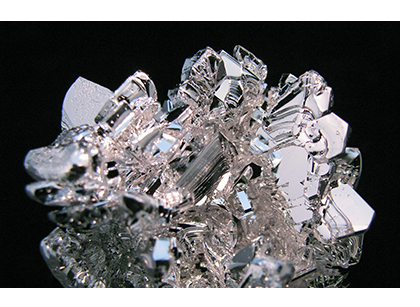 magnesiumxtals.jpg