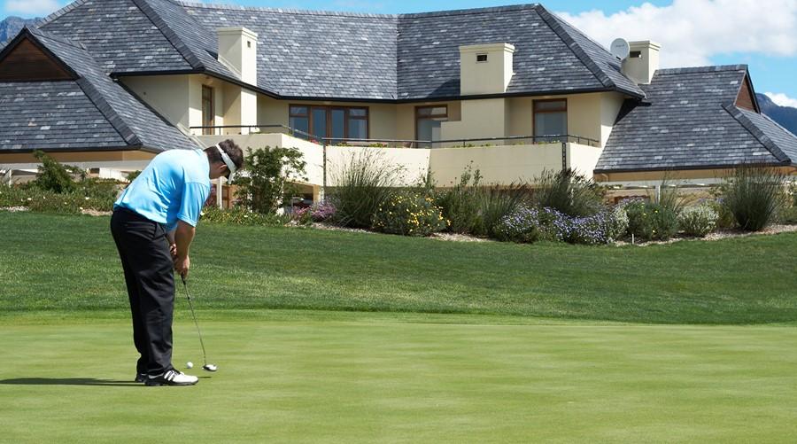 golf-ball-screens-20161231-23499-24-34.jpg.png