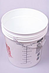 7.9 gallon Fermenting Bucket