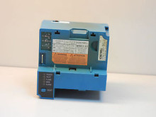 Honeywell  RM7838B1013 Semi-Auto Industrial Program Control,60Hz