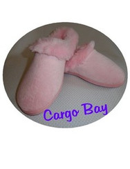 PINK DEARFOAMS SLIPPERS SIZE SMALL with FREE SHIPPING