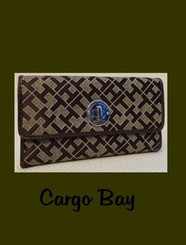 TOMMY HILFIGER BROWN LOGO WALLET with FREE SHIPPING