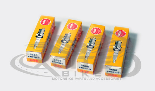 4 x NGK CR8EH9 Spark Plugs