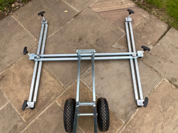 'H' frame for Arnold manhole lifter