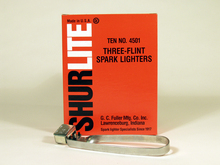 Fuller Strikers Lighter - Three Flint 322-4501