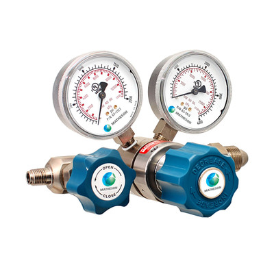 Model 3030 and 3040 Series Single-Stage High-Purity/High Delivery Pressure Brass Regulators