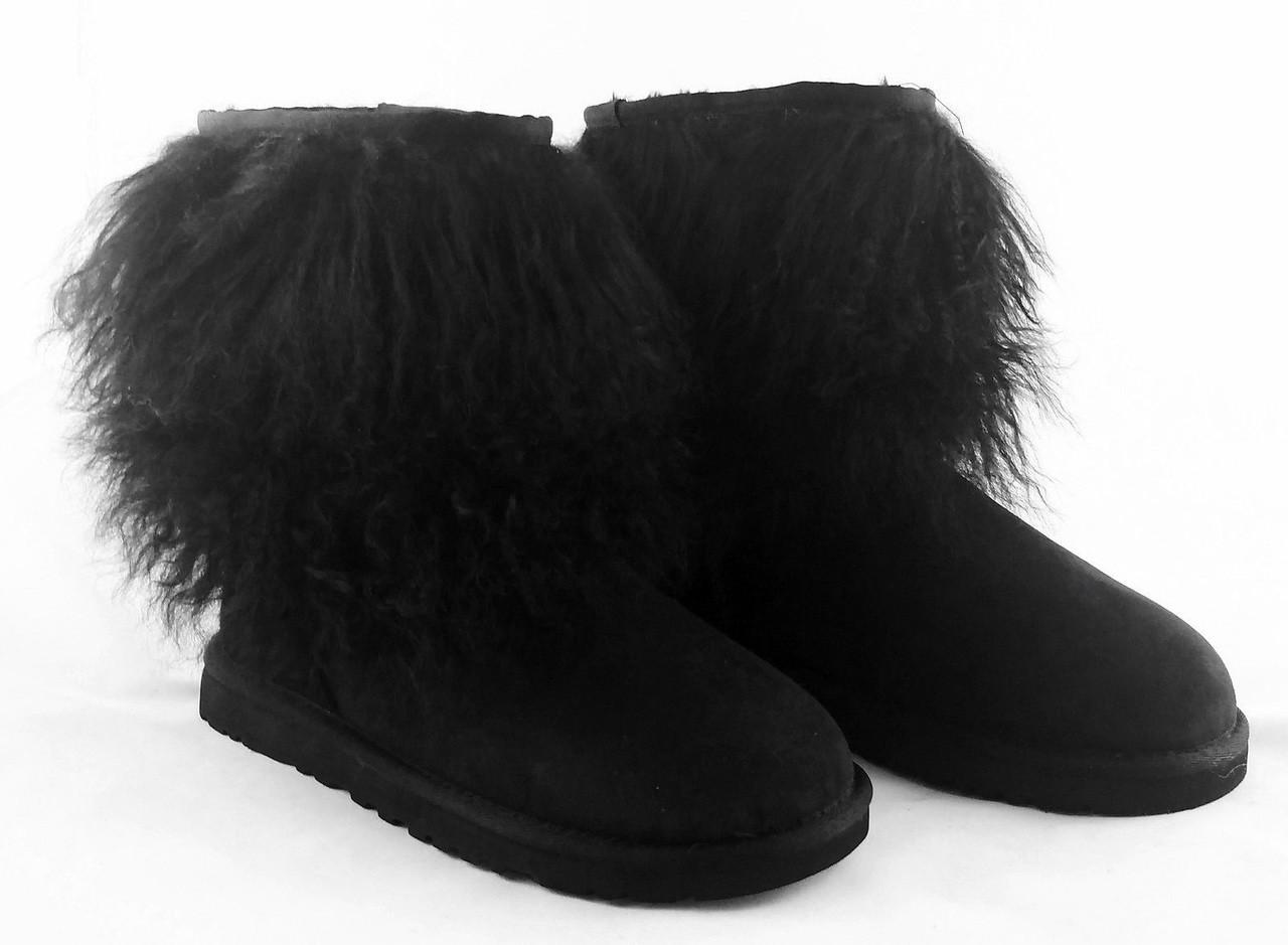 4b738f37187 Ugg Classic Short Sheepskin Cuff Boots Black, Size 6