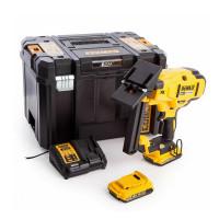 DeWalt DCN682D2-GB 18v XR Brushless 18Ga Flooring Stapler