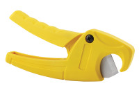 Stanley STA070450 Plastic Pipe Cutter 28mm | Toolden