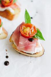 Prosciutto and Burrata Cheese Crostini