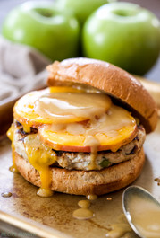 APPLE CHEDDAR TURKEY BURGERS