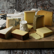 Our Favorite Artisan Cheese Gift Set