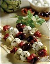 ANTIPASTO KABOBS WITH MOZZARELLA - 25 pieces per tray