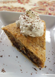 Hub Derby Pie (chocolate chips & pecans)