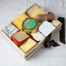 Cheese Lover's Sampler in Gift Box Set