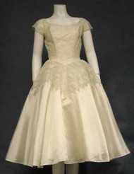 Superb Ivory Lace & Shimmering Organdy 1950's Wedding Dress