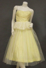 Ivory Ribbon Appliqued 1950's Tulle Party Dress w/ Yellow Lining